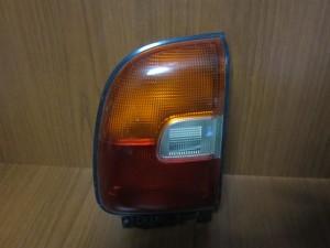 Toyota Rav 4 95-99 πίσω φανάρι αριστερό