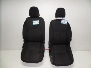 Toyota auris 5θυρο 2007-2013 κάθισμα εμπρός με airbag αριστερό-δεξί μαύρα
