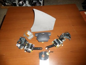 Nissan Almera Tino 2000-2006 airbag
