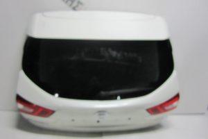 Nissan Qashqai 2013-2017 πόρτα πίσω 5η άσπρη