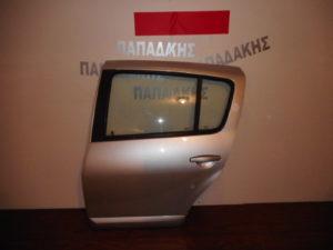 Dacia Sandero 2007-2012 πόρτα πίσω αριστερή ασημί με φάσα